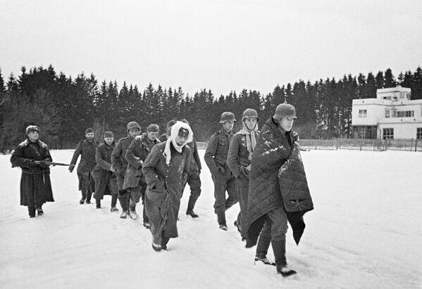 Niemieccy jeńcy pod Moskwą, 1941 rok - Sputnik Polska