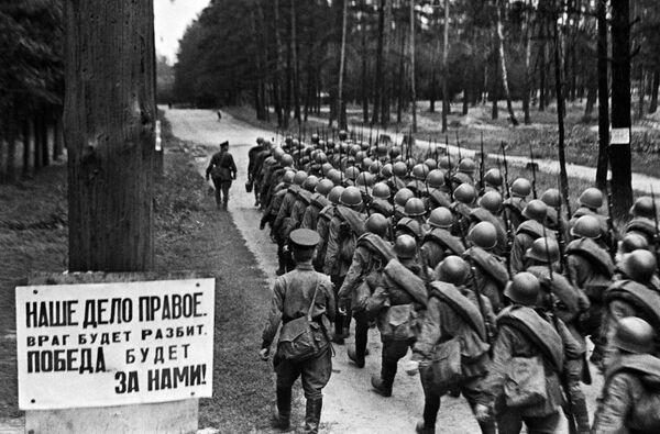Wysłanie na front z Moskwy, 23 czerwca 1941 roku - Sputnik Polska