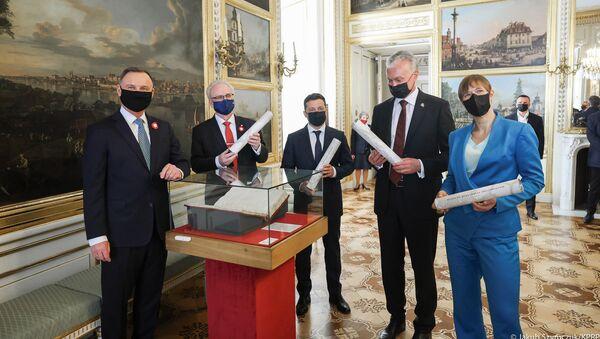 Prezydenci Ukrainy, Litwy, Łotwy, Estonii podczas uroczystości w Warszawie z okazji 230. rocznicy uchwalenia Konstytucji 3 Maja - Sputnik Polska