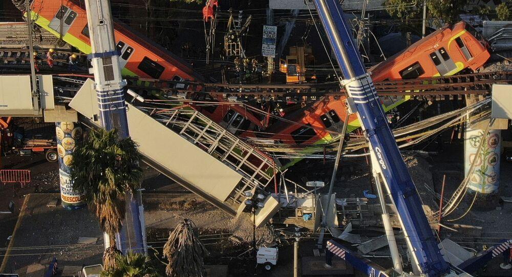 Katastrofa metra w Mexico City.