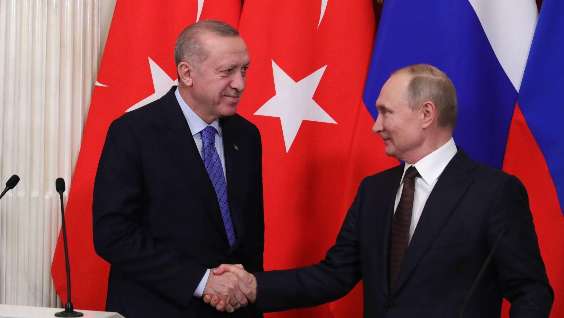 Prezydent Rosji Władimir Putin i prezydent Turcji Recep Tayyip Erdoğan. - Sputnik Polska, 1920, 07.05.2021