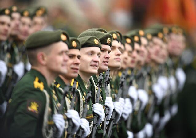 Defilada wojskowa z okazji 76. rocznicy Zwycięstwa w Wielkiej Wojnie Ojczyźnianej