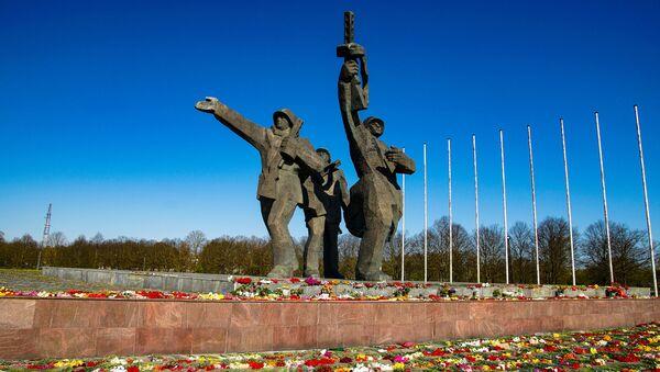 Pomnik Wyzwolicieli w Rydze - Sputnik Polska