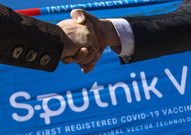 """Dostawy rosyjskiej szczepionki """"Sputnik V"""""""