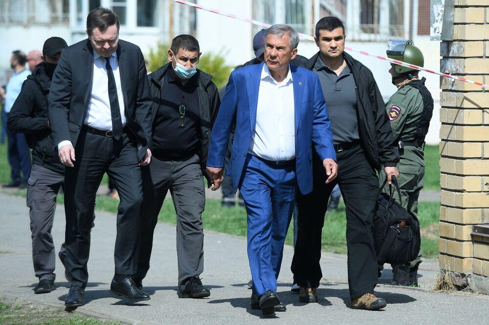 Prezydent republiki Tatarstan Rustam Minnichanow na miejscu tragedii