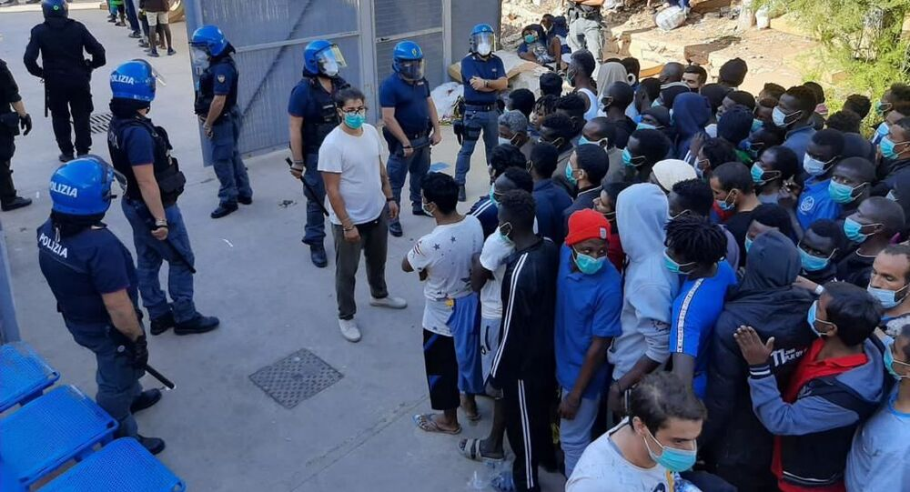 Migranci na Lampeduzie