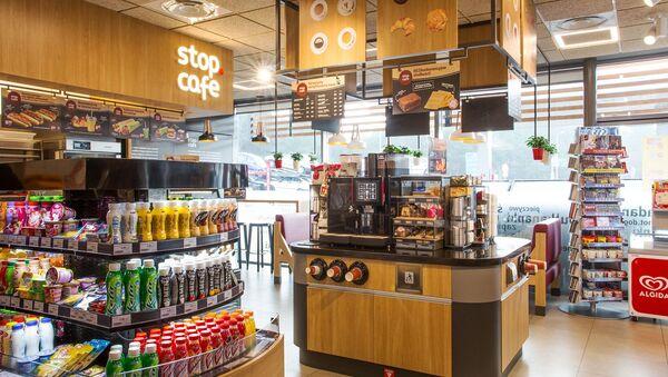 Stop Cafe na polskiej stacji benzynowej ORLEN - Sputnik Polska