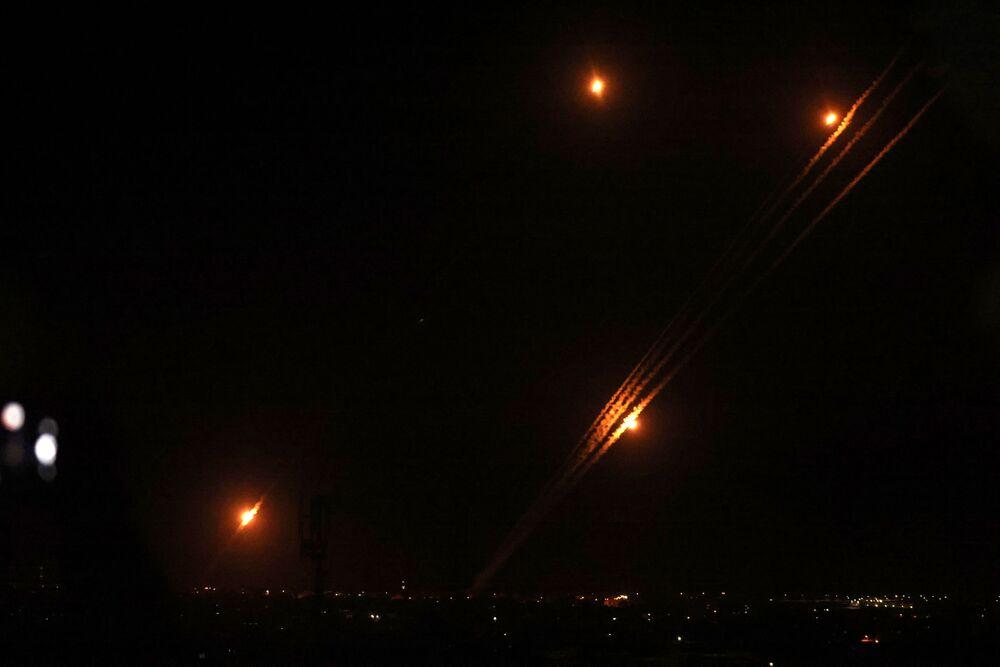 Rakiety wystrzeliwane w kierunku Izraela z Rafahu na południu Strefy Gazy