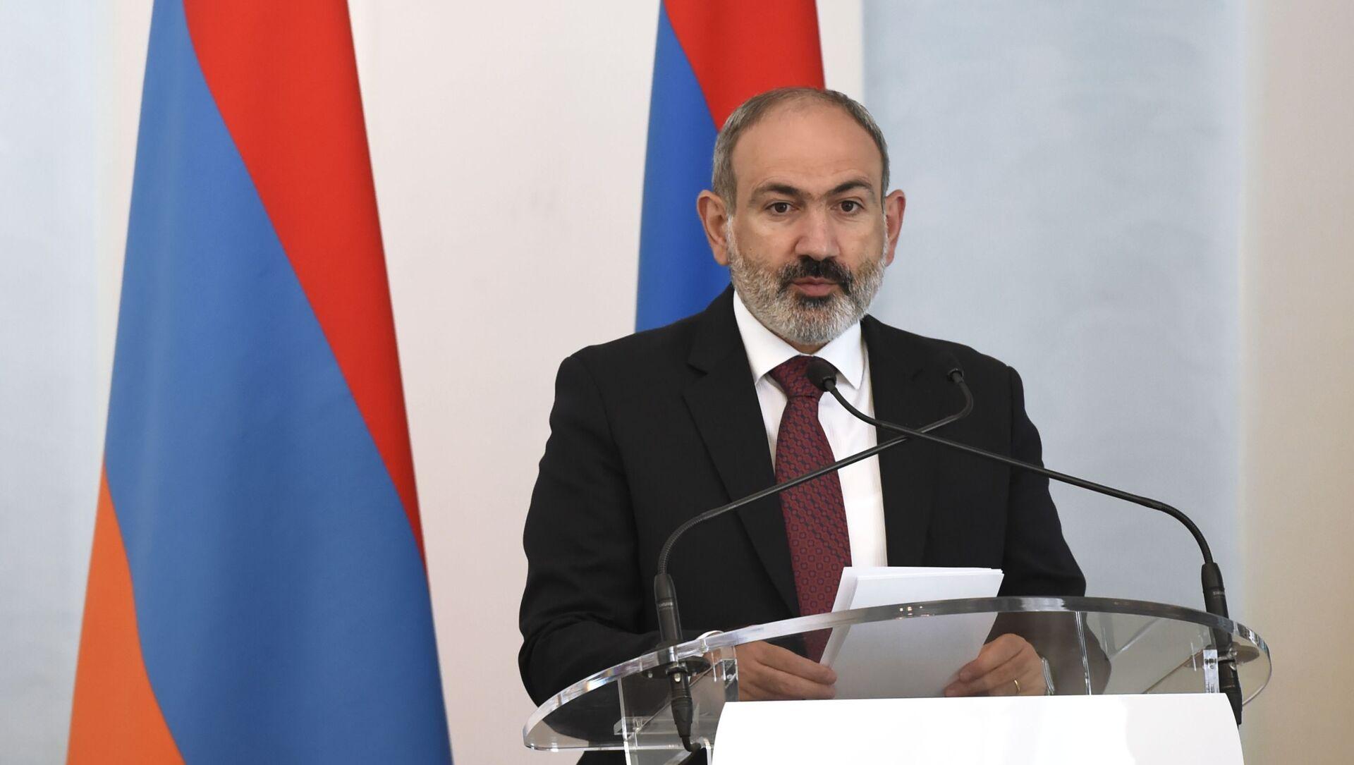 Pełniący obowiązki premiera Armenii Nikol Paszynian - Sputnik Polska, 1920, 14.05.2021