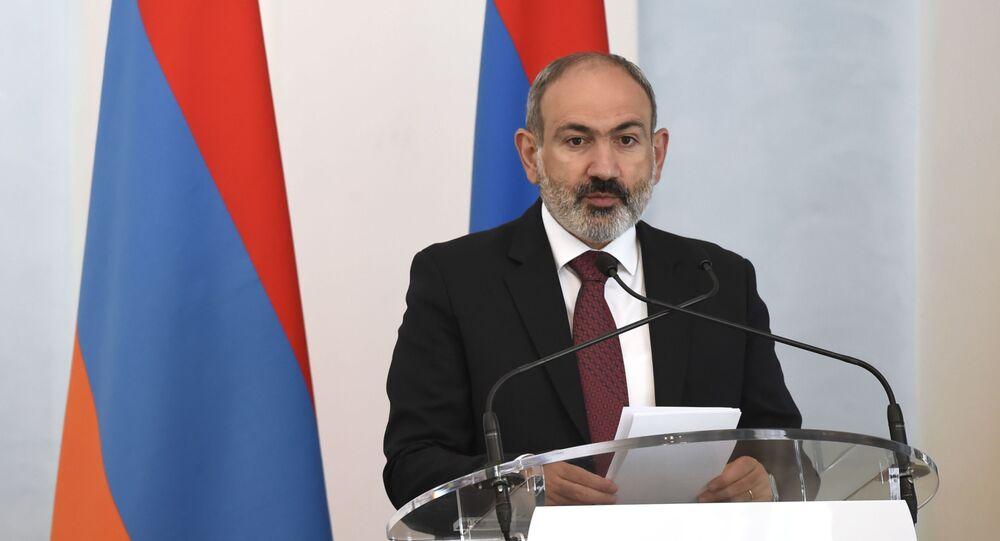 Pełniący obowiązki premiera Armenii Nikol Paszynian