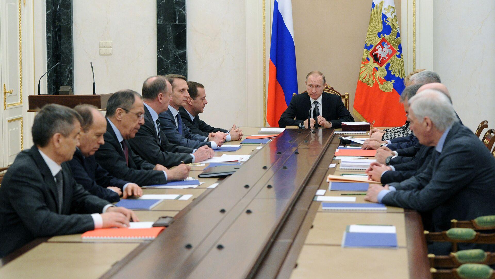 Prezydent Rosji Władimir Putin na posiedzeniu Rady Bezpieczeństwa Narodowego na Kremlu. - Sputnik Polska, 1920, 14.05.2021