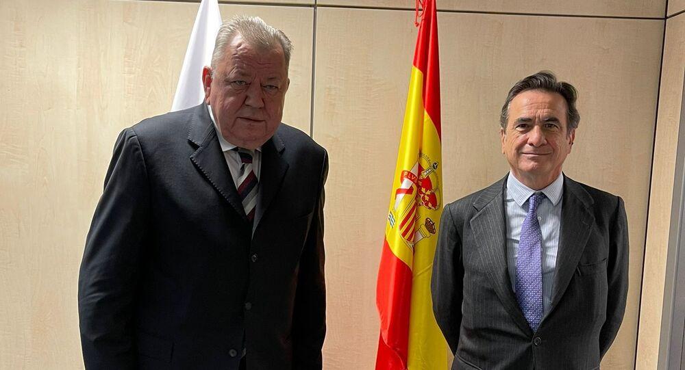Spotkanie wiceministra spraw zagranicznych Rosji Olega Syromołotowa z dyrektorem ds. polityki zagranicznej i bezpieczeństwa MSZ Hiszpanii Fidelem Sendagortą