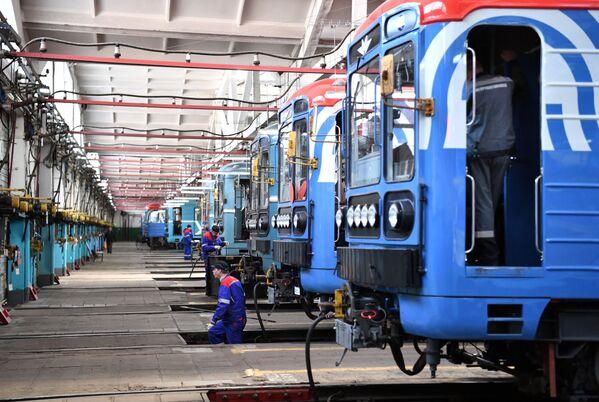 Moskiewskie pociągi metra w zajezdni Zamoskworetskoje, 2021 rok  - Sputnik Polska