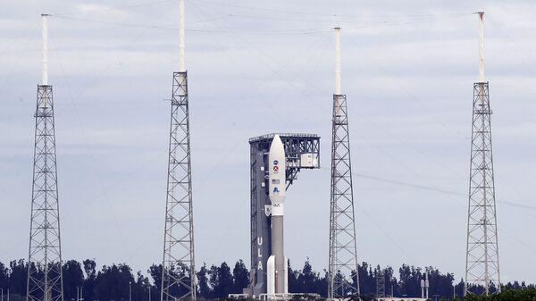Rakieta United Launch Alliance Atlas V przed startem - Sputnik Polska