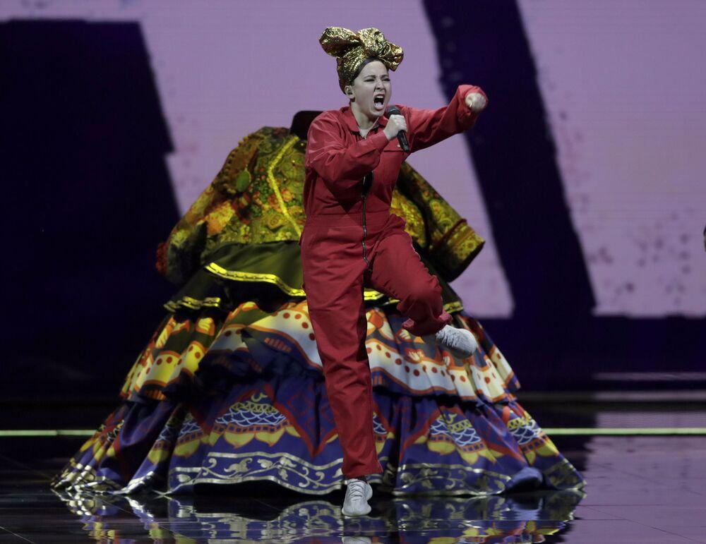 Manizha z Rosji podczas finału 65. Konkursu Piosenki Eurowizji w Rotterdamie