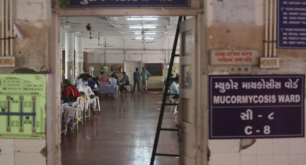 Szpital państwowy w Ahmadabadzie, Indie.
