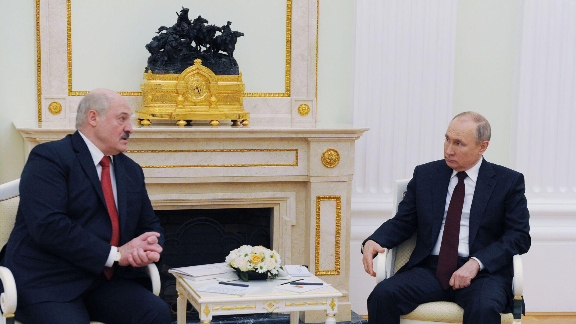 Prezydent Rosji Władimir Putin i prezydent Białorusi Alaksandr Łukaszenka - Sputnik Polska, 1920, 09.09.2021