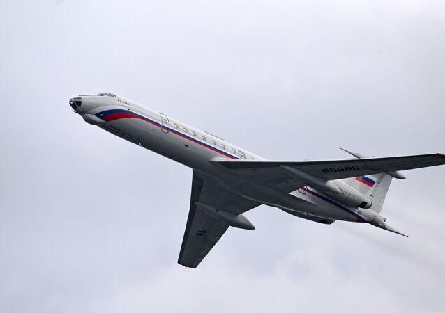 Tu-134