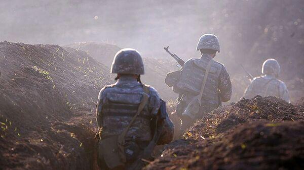 Armeńscy żołnierze na linii frontu w prowincji Tawusz, Armenia - Sputnik Polska