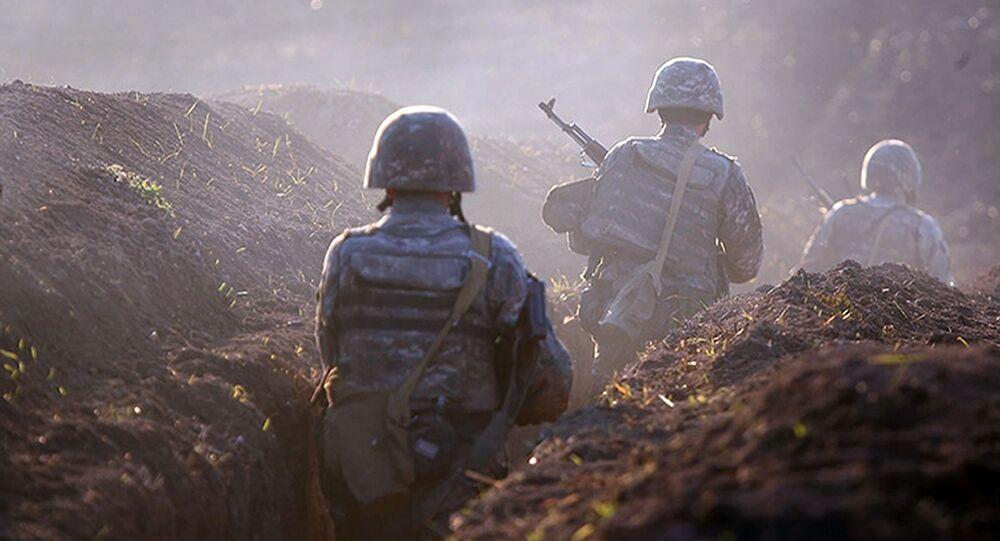 Armeńscy żołnierze na linii frontu w prowincji Tawusz, Armenia