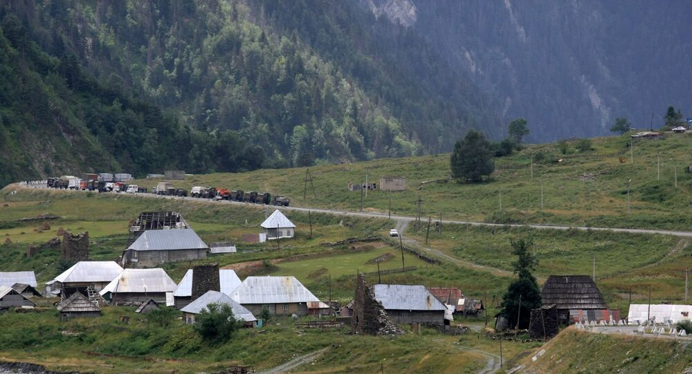 Droga w strefie konfliktu między Gruzja a Osetią Południową