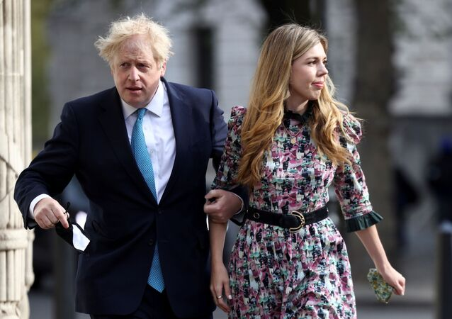 Boris Johnson poślubił Carrie Symonds.