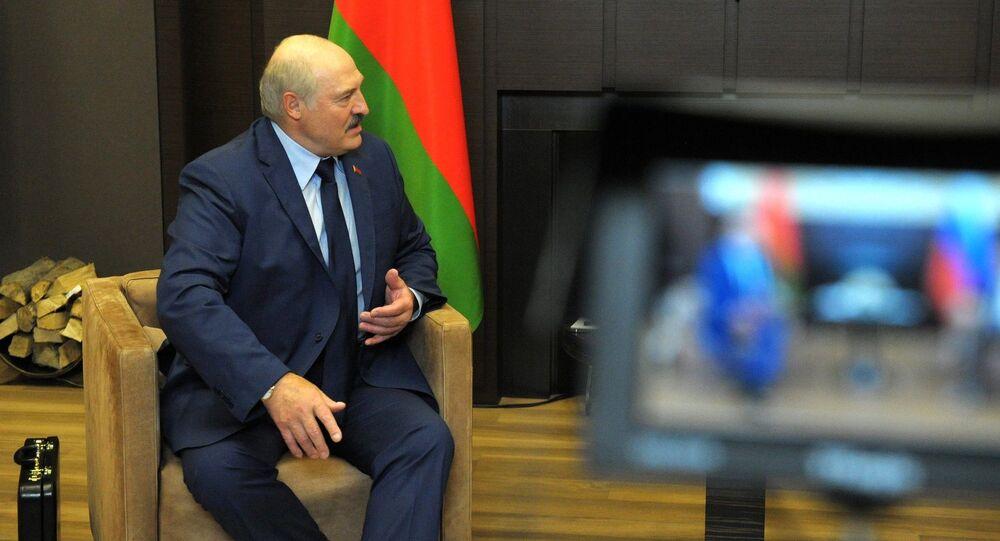 Prezydent Białorusi Alaksandr Łukaszenka podczas spotkania z prezydentem Rosji Władimirem Putinem