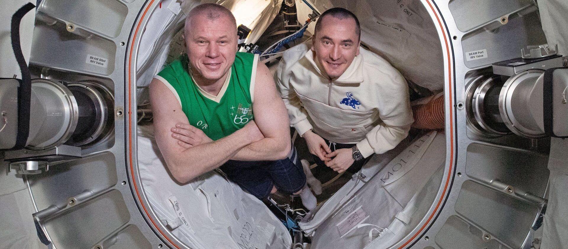 Oleg Nowicki i Piotr Dubrow - Sputnik Polska, 1920, 02.06.2021