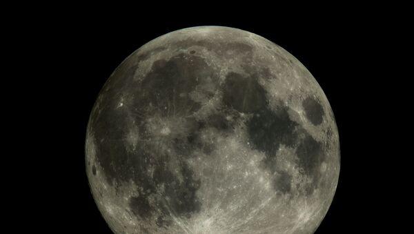 """Zdjęcie Księżyca wykonane przez mały statek kosmiczny """"Aist-2D"""" - Sputnik Polska"""