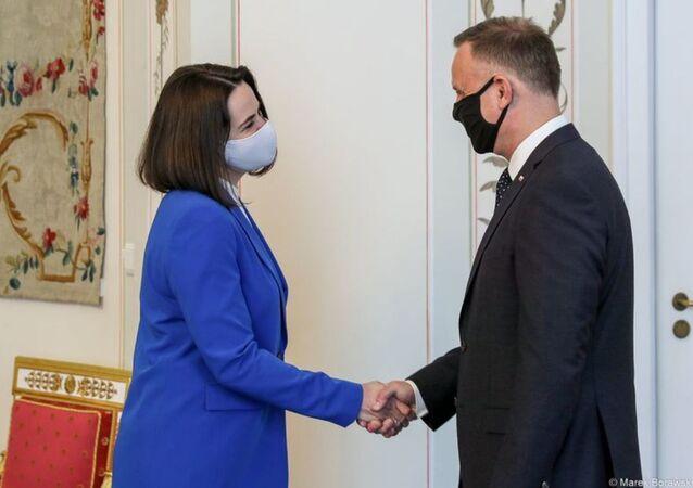 Swiatłana Cichanouska na spotkaniu z prezydentem Andrzejem Dudą