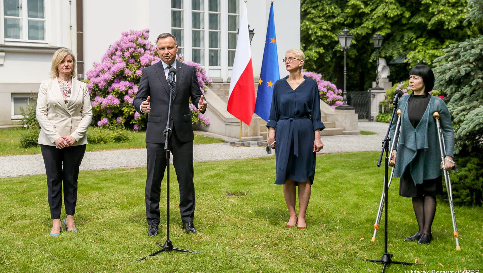 Prezydent Andrzej Duda spotkał się z przedstawicielkami polskiej mniejszości narodowej na Białorusi: Ireną Biernacką, Anną Paniszewą i Marią Ciszkowską - Sputnik Polska, 1920, 04.06.2021