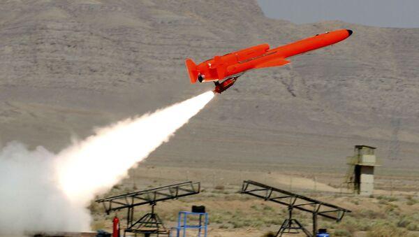 Irański samolot bezzałogowy typu Karrar - Sputnik Polska