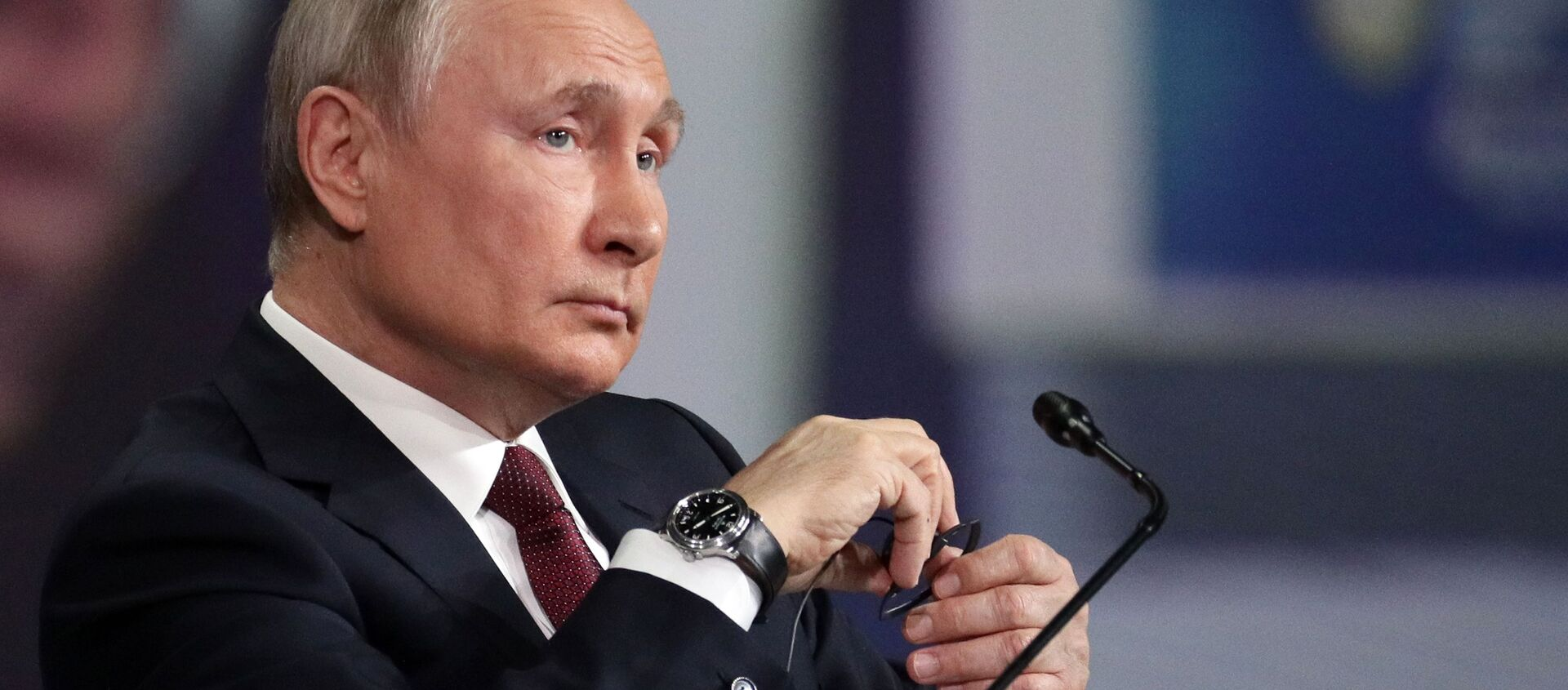 Prezydent Rosji Władimir Putin na Międzynarodowym Forum Ekonomicznym w Petersburgu, 5 czerwca 2021 r. - Sputnik Polska, 1920, 09.06.2021