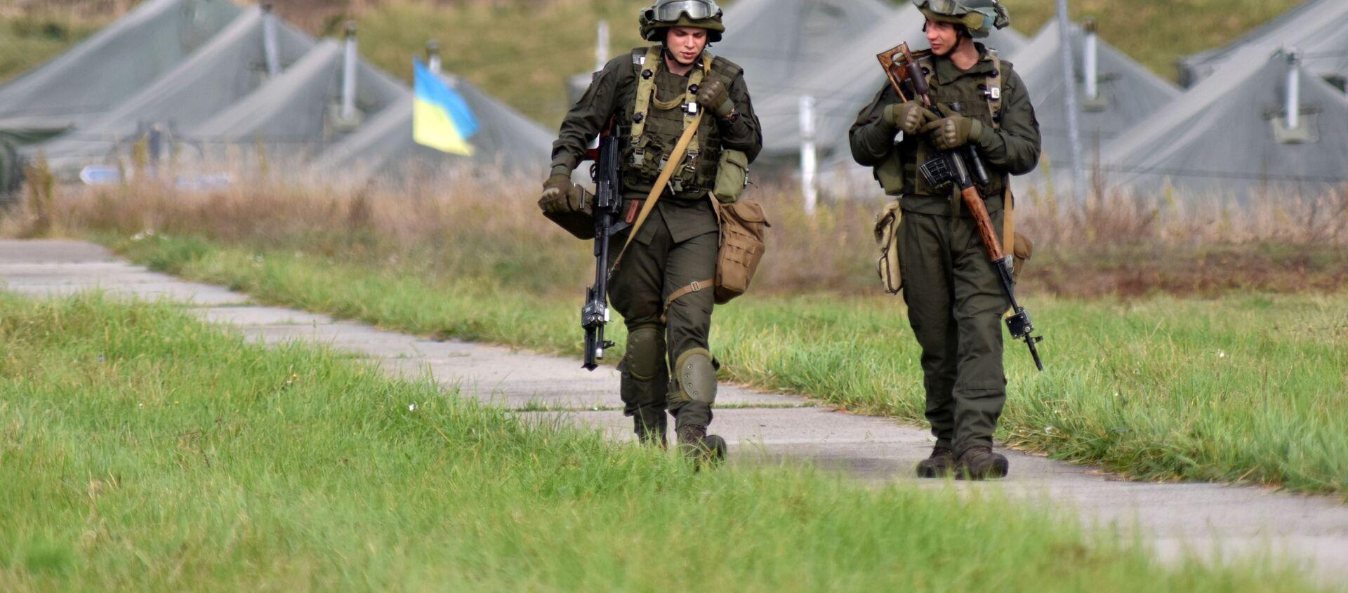 Ukraińscy żołnierze podczas wspólnych ćwiczeń wojskowych Rapid Trident-2020 Ukrainy i państw NATO. - Sputnik Polska, 1920, 10.06.2021