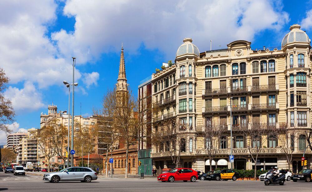 Ulica Passeig de Sant Joan w Barcelonie, Hiszpania
