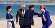 Premier Wielkiej Brytanii Boris Johnson z żoną Kerry podczas spotkania z parą prezydencką Korei Południowej w Kornwalii