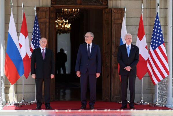 Spotkanie Joe Bidena z Władimirem Putinem w Genewie - Sputnik Polska