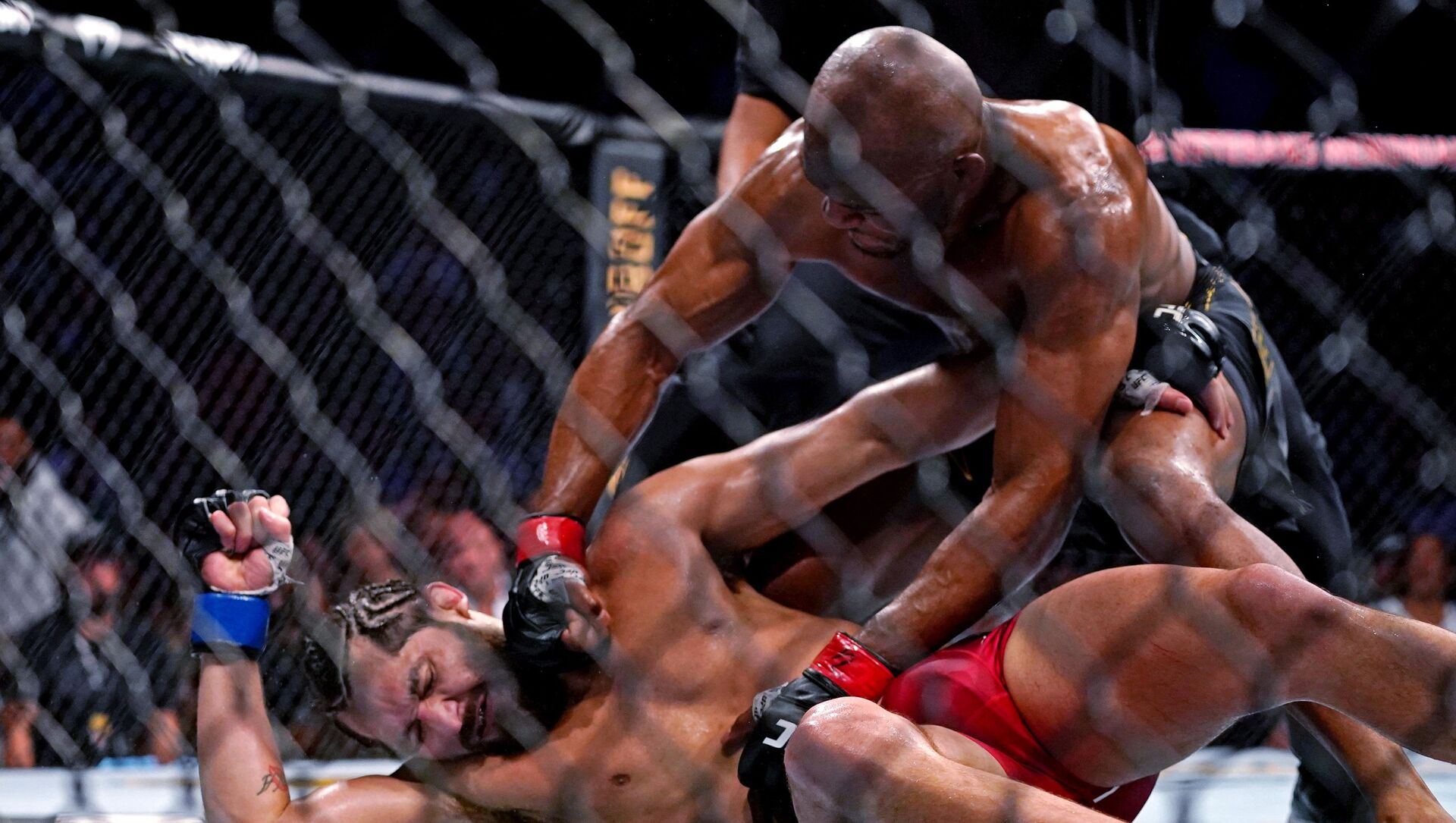 MMA: UFC 261-Usman vs Masvidal - Sputnik Polska, 1920, 18.06.2021