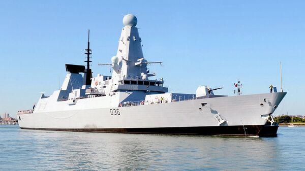 Британский эсминец Defender - Sputnik Polska