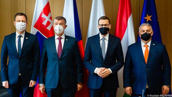 Премьер-министр Матеуш Моравецкий во время визита в Брюссель - Sputnik Polska