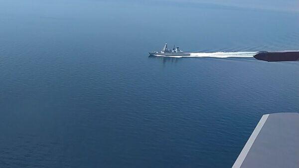 Эсминец Defender ВМС Великобритании в районе мыса Фиолент - Sputnik Polska