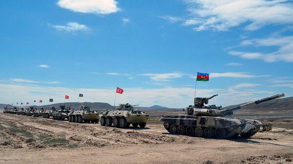 Азербайджано-турецкие военные учения в Баку - Sputnik Polska