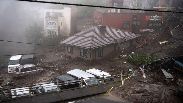Последствия мощного оползня в японском городе Атами - Sputnik Polska