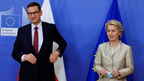 Встреча Президента Комиссии ЕС Урсулы фон дер Ляйен с премьер-министром Польши Матеушем Моравецким - Sputnik Polska