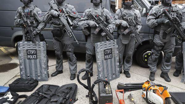 Сотрудники отдела полиции по борьбе с терроризмом в Лондоне - Sputnik Polska