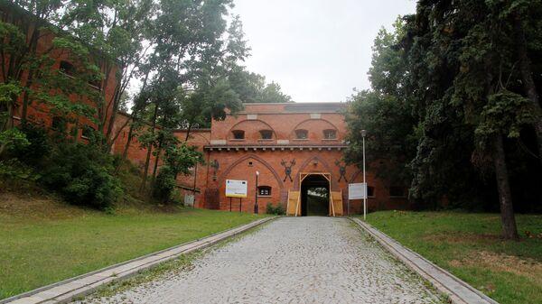 Старые ворота цитадели в Варшаве   - Sputnik Polska