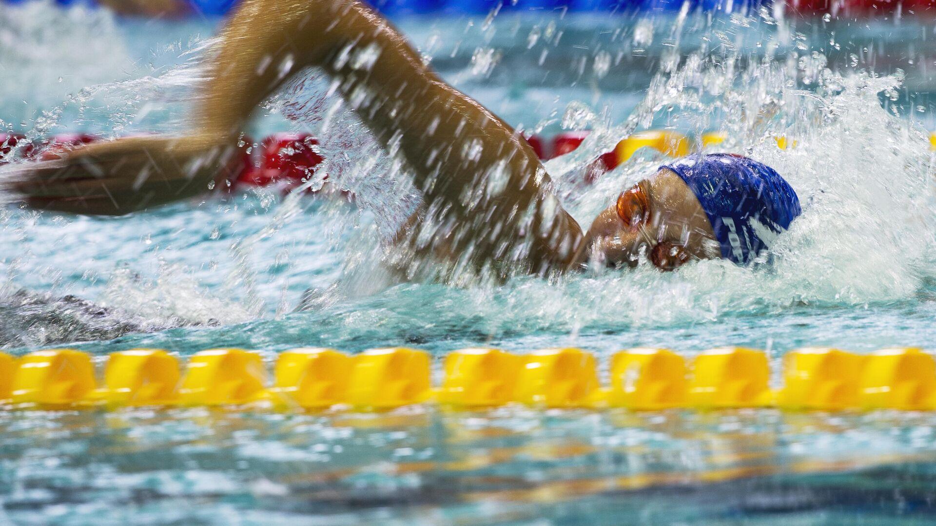 Pływanie na basenie - Sputnik Polska, 1920, 18.07.2021