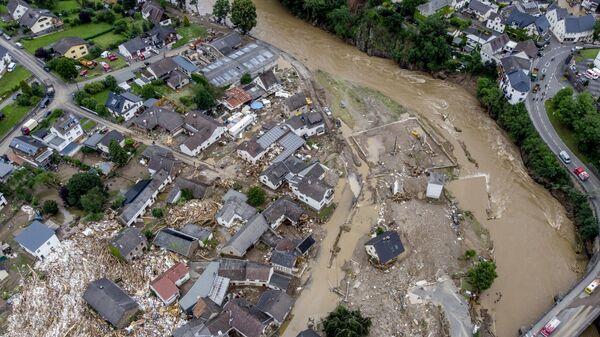 Разрушенные дома видны недалеко от реки Ар в Шульде, Германия  - Sputnik Polska