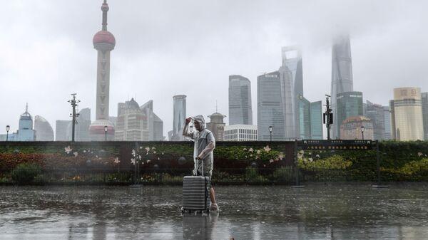 Тайфун Иньфа приближается к Шанхаю, Китай - Sputnik Polska