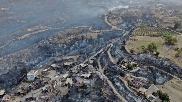 Последствия лесных пожаров в Манавгате, провинция Анталья, Турция  - Sputnik Polska